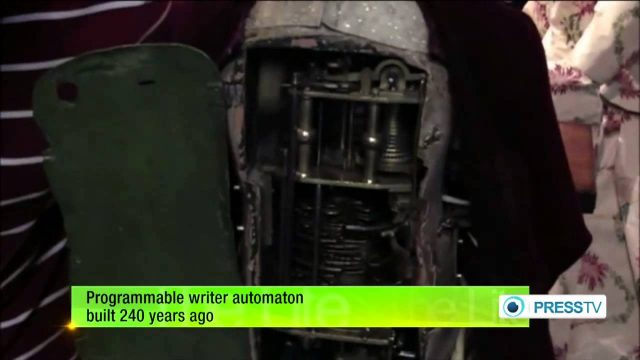 Programmable writer automaton built 240 years ago