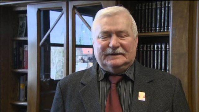Gunter Grass Dies at 87: Nobel Prize winning writer dies in hospital in northern Germany